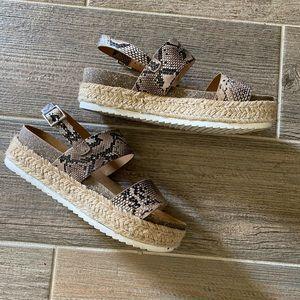 Snake espadrille platform sandal